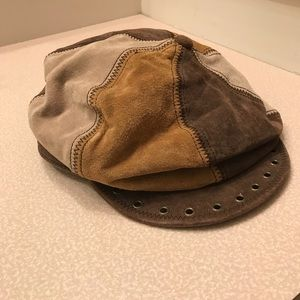Wilson Leather Newsboy Cabbie Hat Tricolored Suede